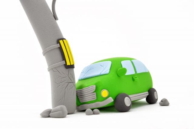 事故車の査定前に修理するのか